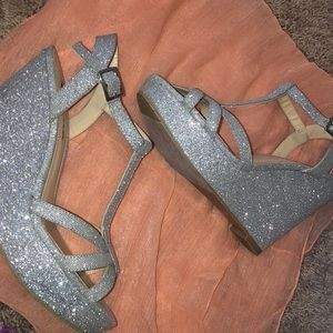 Touch of Nina Sparkling Wedges